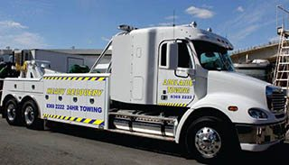 Adelaide Tow Trucks - Heavy Tow Truck 1